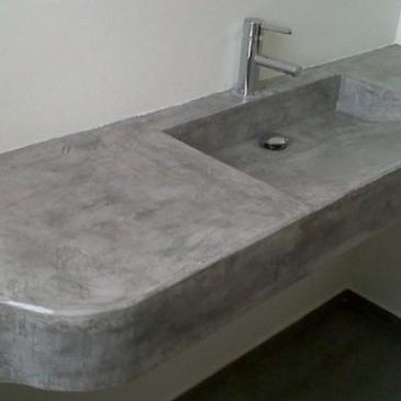 r.bathroom-06b895f8aa